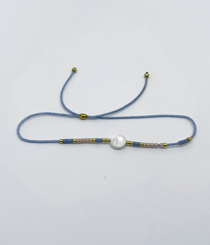 Bracelet cordon nacre et perles
