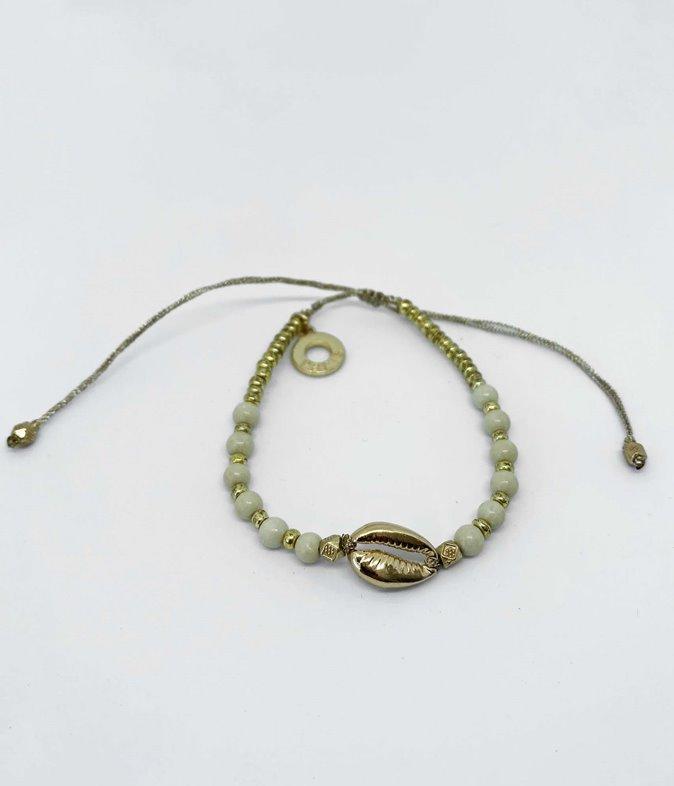 Bracelet perles et cauri