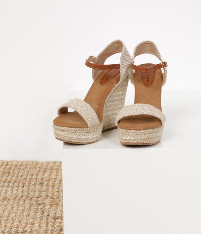 Sandales tressées compensées