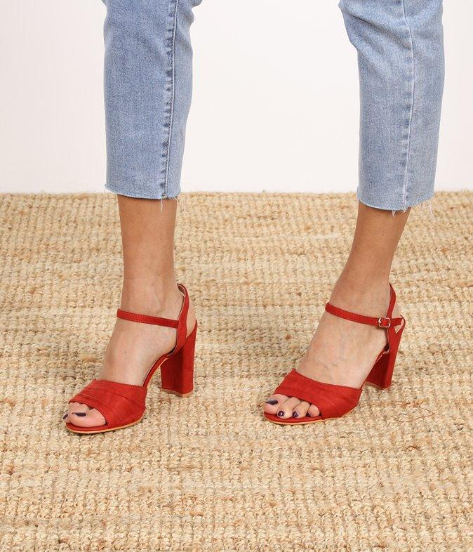 Sandales effet suédine